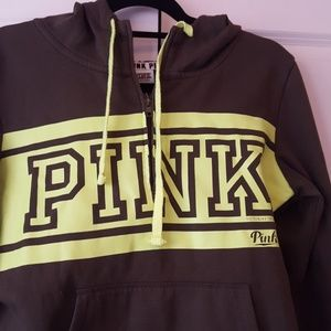 """PINK Victoria's Secret Other - 💨PINK sweatsuit """"priced to sell fast""""💨"""